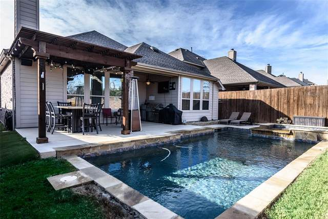 5112 Grove Cove Drive, Mckinney, TX 75071 (MLS #14509668) :: Robbins Real Estate Group
