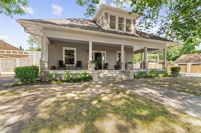 105 N Merrimac Street, Weatherford, TX 76086 (MLS #14510245) :: The Kimberly Davis Group