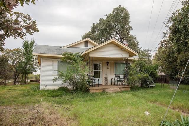 3992 W Eldorado Parkway, Little Elm, TX 75068 (#14510315) :: Homes By Lainie Real Estate Group