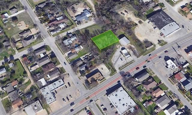 2707 Prairie Avenue, Fort Worth, TX 76164 (MLS #14510445) :: The Kimberly Davis Group