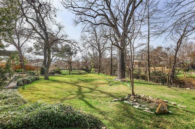 10135 Timber Trail Drive, Dallas, TX 75229 (MLS #14511322) :: The Property Guys