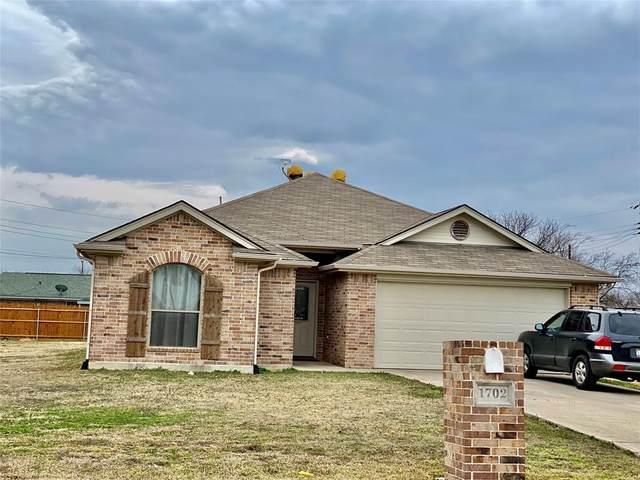 1702 SE 14th Street, Mineral Wells, TX 76067 (MLS #14511489) :: Post Oak Realty