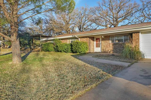200 31st Street, Mineral Wells, TX 76067 (MLS #14512513) :: Robbins Real Estate Group