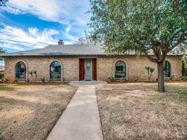 2702 Whispering Trail Circle, Pantego, TX 76013 (MLS #14512548) :: The Property Guys