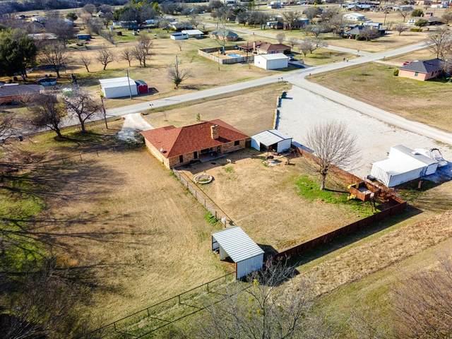 309 Mockingbird Lane, Decatur, TX 76234 (MLS #14512736) :: Robbins Real Estate Group