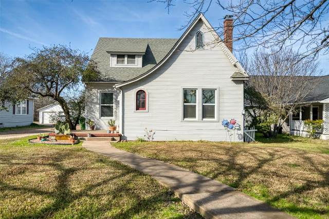 317 W Main Street, Italy, TX 76651 (MLS #14512904) :: Real Estate By Design