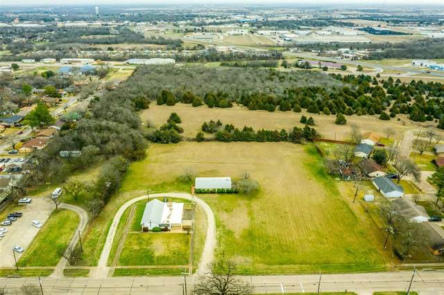1500 S Hall Street, Ennis, TX 75119 (#14513653) :: Homes By Lainie Real Estate Group