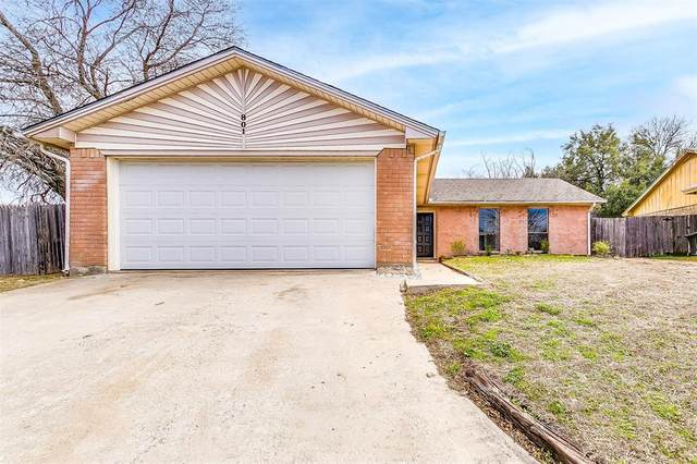 801 Cross Timbers Drive, Fort Worth, TX 76108 (MLS #14513669) :: NewHomePrograms.com
