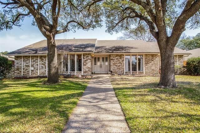 6515 Barnsbury Court, Dallas, TX 75248 (MLS #14513700) :: NewHomePrograms.com