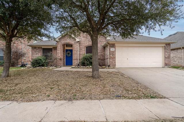 665 Rapid Way, Crowley, TX 76036 (MLS #14513770) :: The Kimberly Davis Group