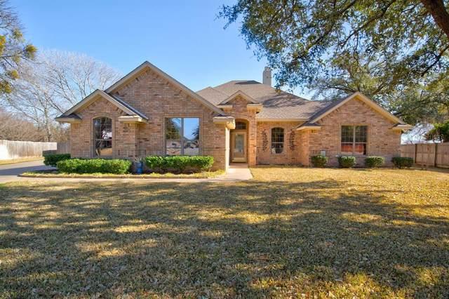 3213 Crossbridge Circle, Granbury, TX 76049 (MLS #14514204) :: The Property Guys