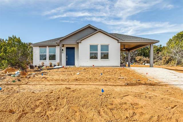 5417 Stonegate Circle, Granbury, TX 76048 (MLS #14514623) :: The Kimberly Davis Group