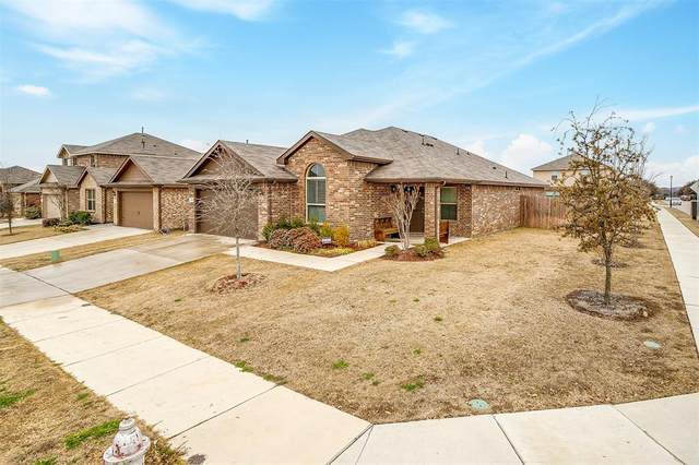700 Rutherford Drive, Crowley, TX 76036 (MLS #14514654) :: Jones-Papadopoulos & Co