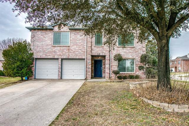 1008 Dove Circle, Saginaw, TX 76131 (#14515931) :: Homes By Lainie Real Estate Group