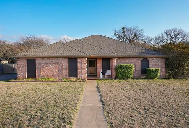 613 Oldham Lane, Granbury, TX 76048 (MLS #14516385) :: The Property Guys