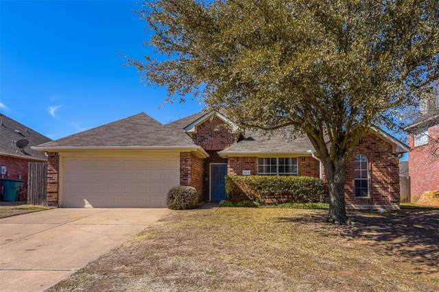 1924 Pebblebrook Lane, Sherman, TX 75092 (#14516502) :: Homes By Lainie Real Estate Group
