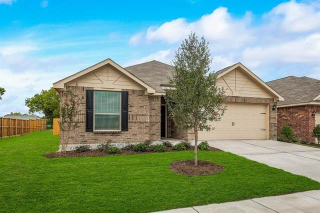 926 Primrose Drive, Sanger, TX 76266 (MLS #14516658) :: The Kimberly Davis Group
