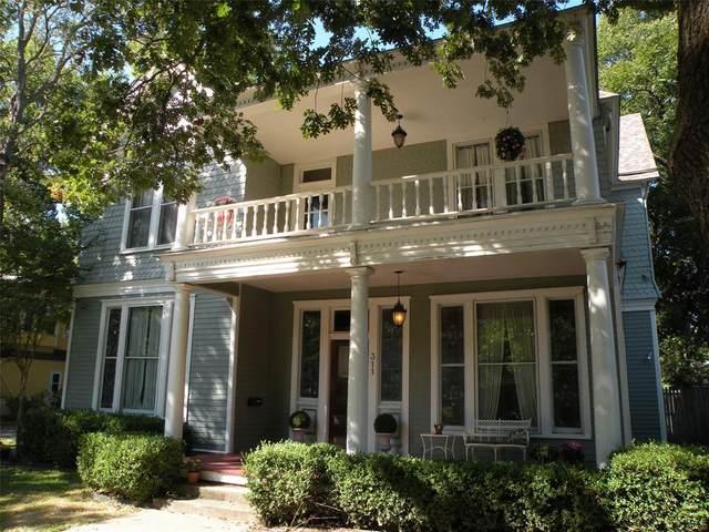 311 S Denton Street, Gainesville, TX 76240 (MLS #14516694) :: Team Tiller