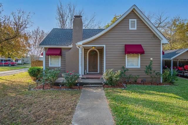 403 W James Street, Wills Point, TX 75169 (MLS #14517168) :: Post Oak Realty