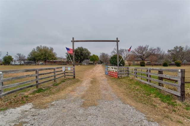 13720 Liberty School Road, Azle, TX 76020 (MLS #14517303) :: Trinity Premier Properties