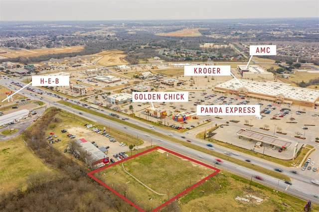 1620 SW Wilshire Boulevard, Burleson, TX 76028 (MLS #14517619) :: All Cities USA Realty