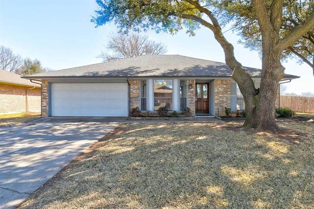 2508 Bayberry Lane, Euless, TX 76039 (MLS #14517659) :: The Chad Smith Team