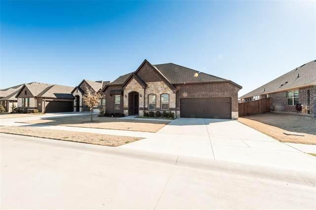 1010 Sagewood Drive, Justin, TX 76247 (MLS #14517779) :: The Kimberly Davis Group