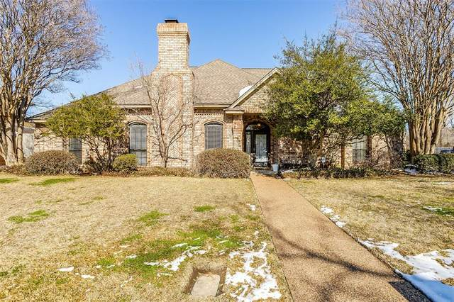 2740 Laurel Valley Lane, Arlington, TX 76006 (MLS #14517815) :: Jones-Papadopoulos & Co