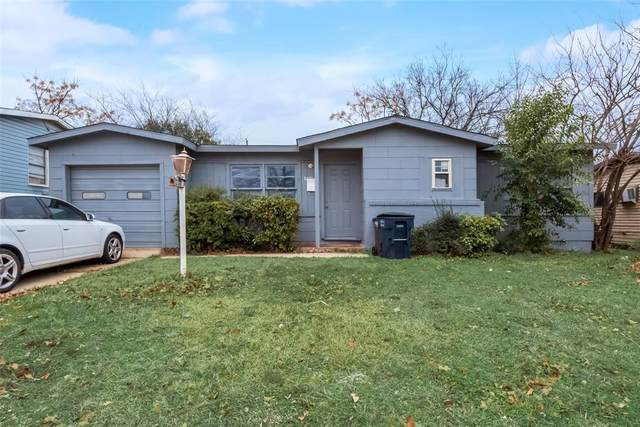 2321 Flemming Drive, Fort Worth, TX 76112 (MLS #14518283) :: Robbins Real Estate Group