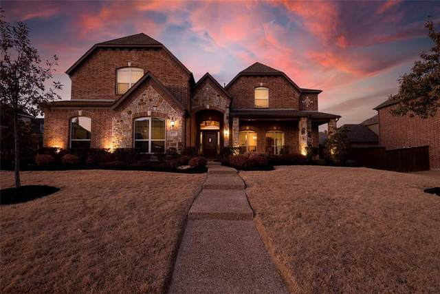 1921 Mountain Creek Lane, Prosper, TX 75078 (MLS #14518332) :: The Star Team | JP & Associates Realtors