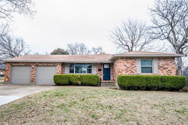 302 Kirksey Street, Waxahachie, TX 75165 (MLS #14518517) :: Robbins Real Estate Group
