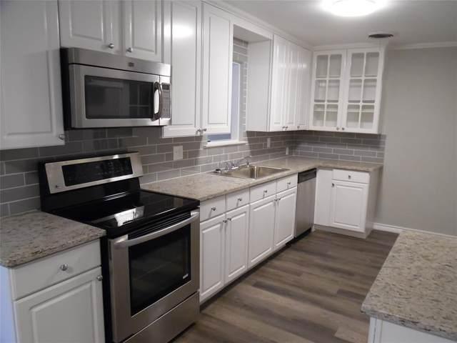 252 Belle Street, Bedford, TX 76022 (MLS #14518786) :: Premier Properties Group of Keller Williams Realty
