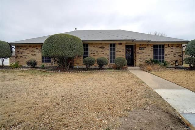 17628 Medina Drive, Dallas, TX 75287 (MLS #14518843) :: The Kimberly Davis Group