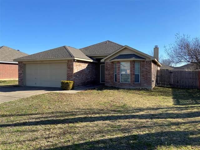 137 Kings Way Drive, Rhome, TX 76078 (MLS #14519655) :: Post Oak Realty