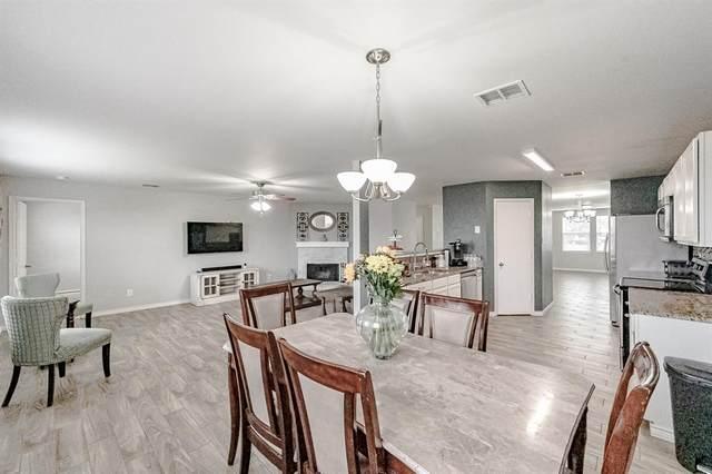 2108 Dayton Lane, Grand Prairie, TX 75052 (MLS #14519746) :: RE/MAX Landmark