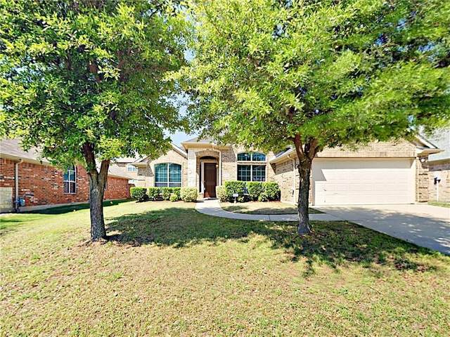 4935 Screech Owl Lane, Grand Prairie, TX 75052 (MLS #14520157) :: Robbins Real Estate Group