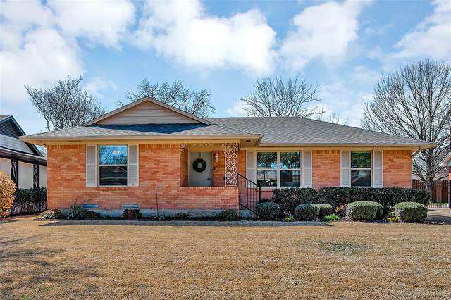 9643 Livenshire Drive, Dallas, TX 75238 (MLS #14520421) :: Bray Real Estate Group