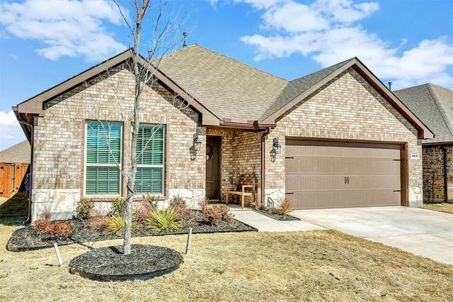 1028 Azure Lane, Celina, TX 75009 (MLS #14520543) :: The Kimberly Davis Group
