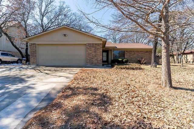 805 Lake Crest Parkway, Azle, TX 76020 (MLS #14520619) :: Trinity Premier Properties