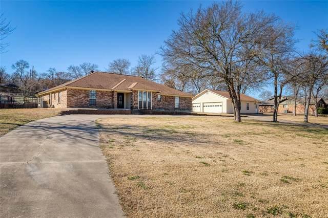 1508 Canyon Creek Drive W, Azle, TX 76020 (MLS #14521073) :: The Kimberly Davis Group