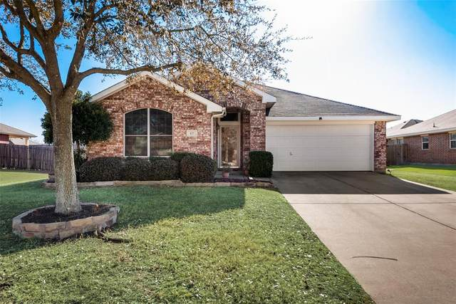 127 Hazelnut Trail, Forney, TX 75126 (#14521198) :: Homes By Lainie Real Estate Group