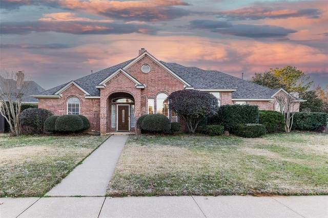 8349 Thornhill Drive, North Richland Hills, TX 76182 (MLS #14521321) :: The Property Guys