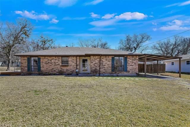 315 N Bean Street, Howe, TX 75459 (#14521376) :: Homes By Lainie Real Estate Group