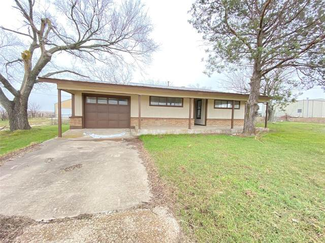 1651 S Hwy 281, Hamilton, TX 76531 (#14521568) :: Homes By Lainie Real Estate Group