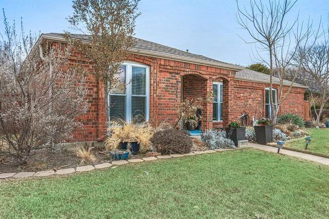 4517 Fargo Drive, Plano, TX 75093 (#14521630) :: Homes By Lainie Real Estate Group