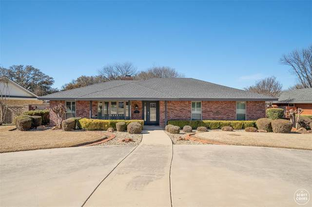807 Quail Run, Brownwood, TX 76801 (MLS #14521748) :: Team Hodnett