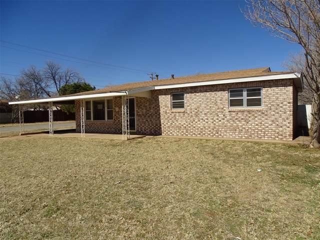 2113 41st Street, Snyder, TX 79549 (MLS #14521846) :: Robbins Real Estate Group