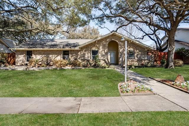 3929 Candlenut Lane, Dallas, TX 75244 (MLS #14521916) :: The Kimberly Davis Group