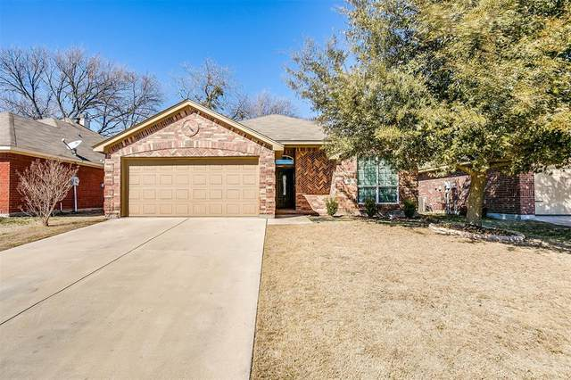 648 Clearbrook Street, Azle, TX 76020 (MLS #14521973) :: Jones-Papadopoulos & Co