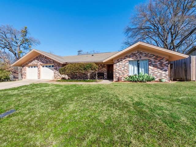1204 Wade Drive, Bedford, TX 76022 (MLS #14521982) :: Robbins Real Estate Group